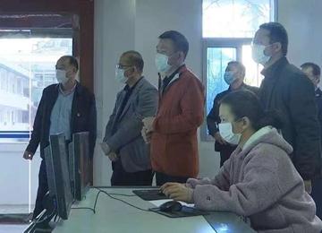 县长黄庆华到疫情防控一线检查部署工作